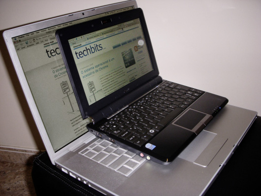 eeePC vs. MacBook Pro 15 polegadas